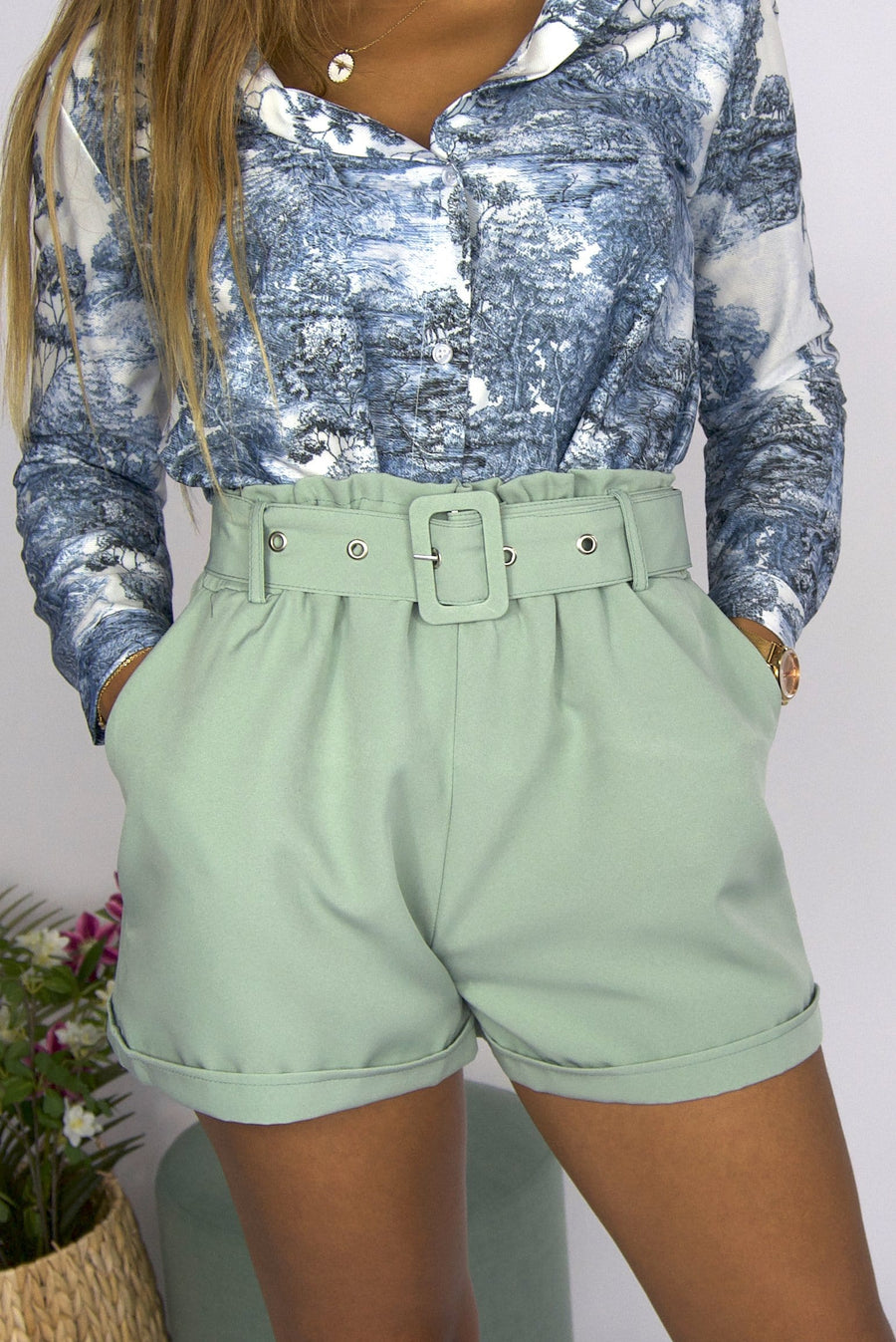 Demy Short Mint