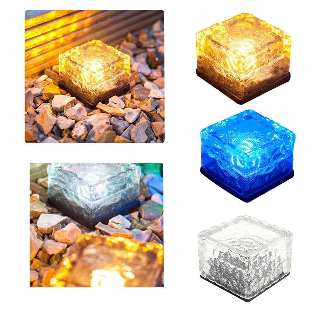 SOLAR-POWERED GLASS BRICK PATHLIGHT