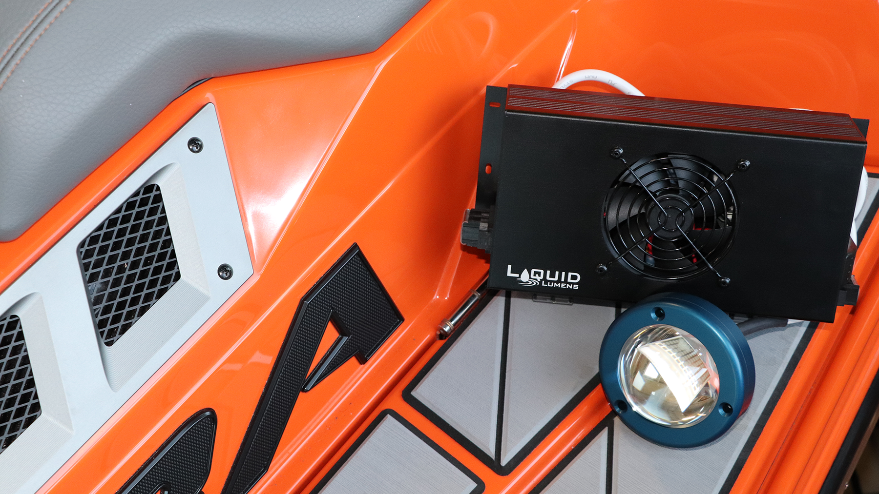Liquid Lumens Launches Exclusive Partnership With Marine Products To Change The Marine Lighting Game