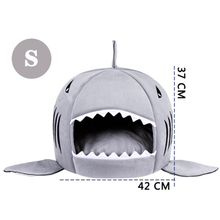 Cat Bed Shaped Shark Mouth