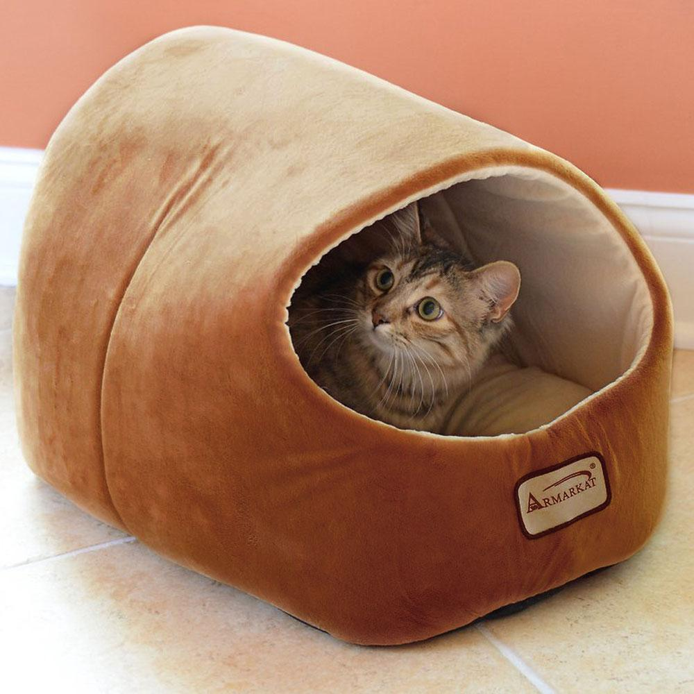 Cave-style Cat Bed