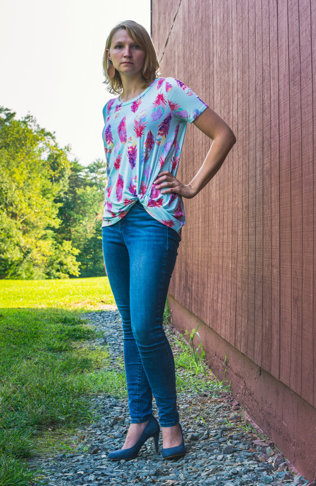 Cheyenne Knotted Feather Tee-Tops-Small-Southern Comfort Boutique