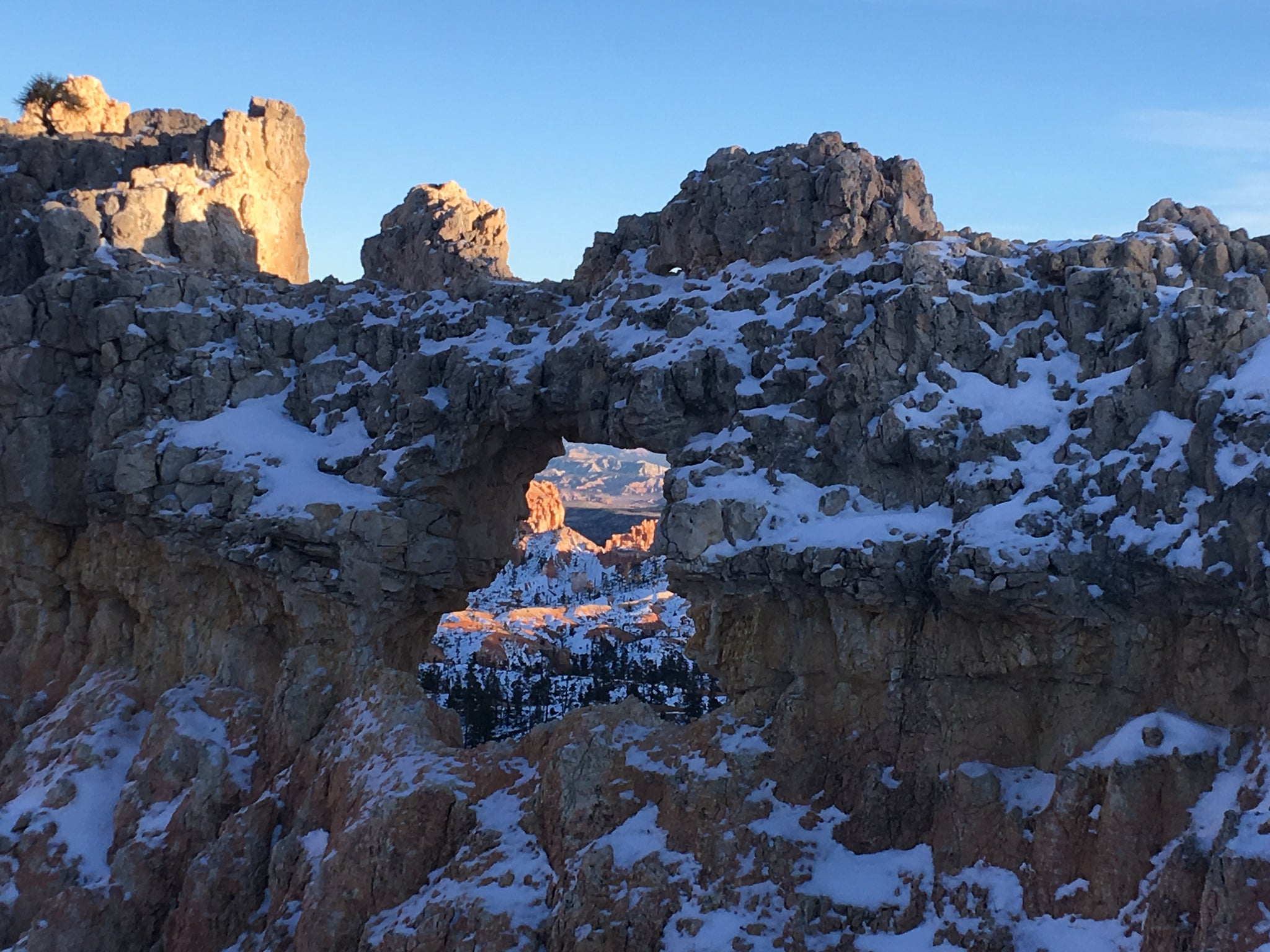 The Complete Guide to Hiking and Tent Camping Bryce Canyon in the Winter