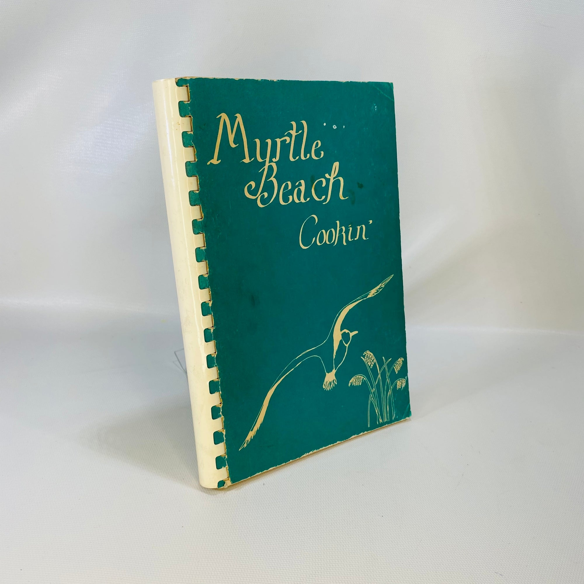Myrtle Beach Cookin' by United Methodist Women 1980-Reading Vintage