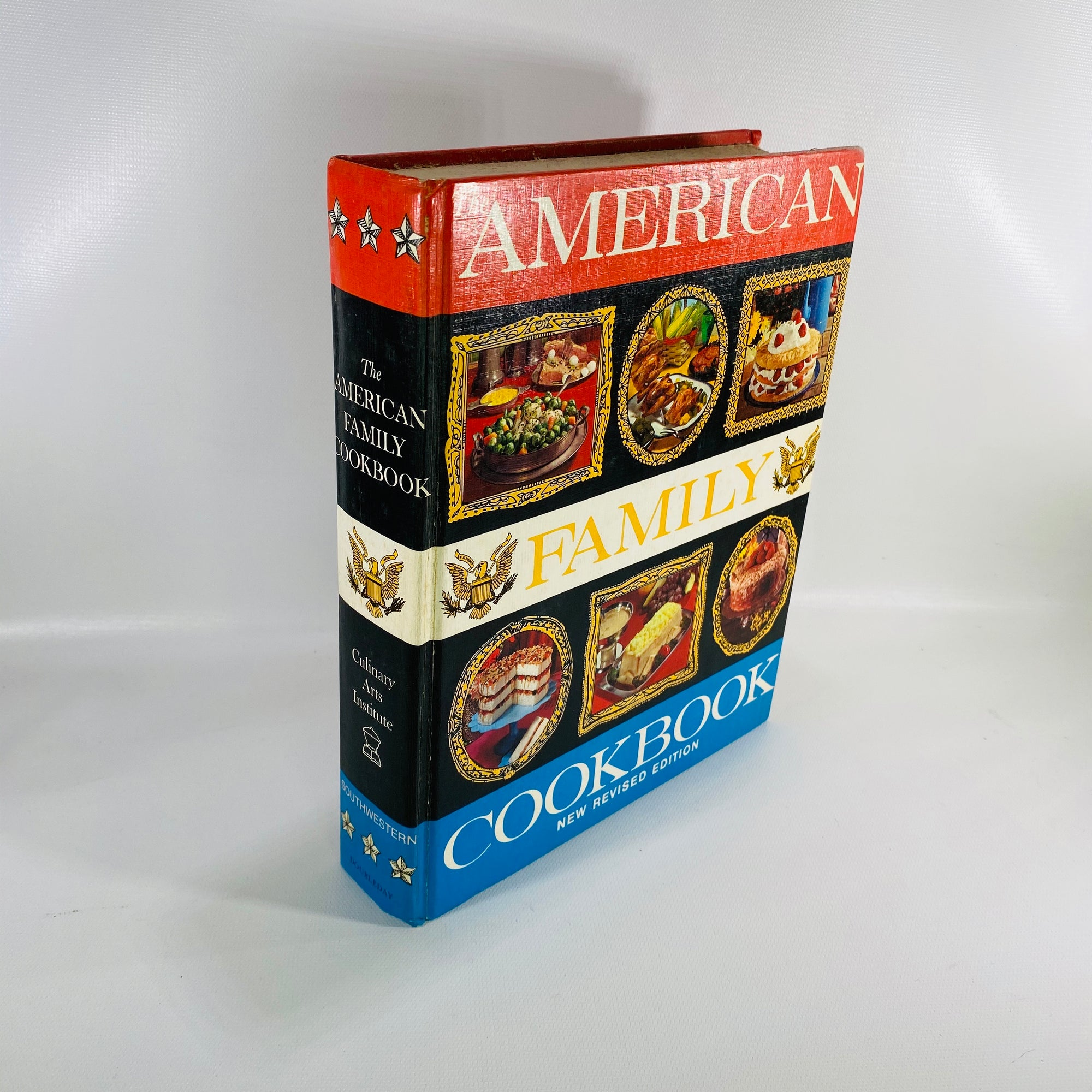 American Family Cookbook by Culinary Arts Inst. 1972-Reading Vintage