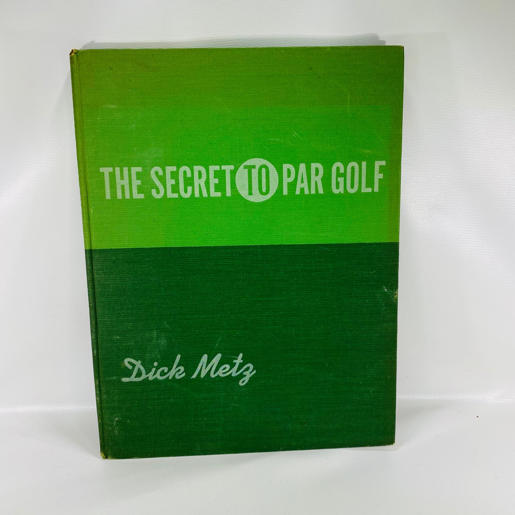 The Secret to Par Golf by Dick Metz 1940 MacMillan Company-Reading Vintage
