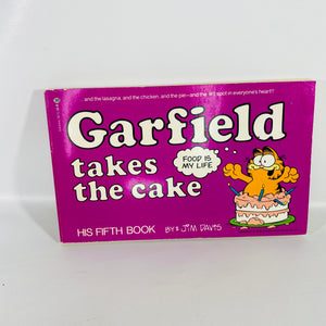 Garfield Takes the Cake by Jim Davis First Edition 1982-Reading Vintage