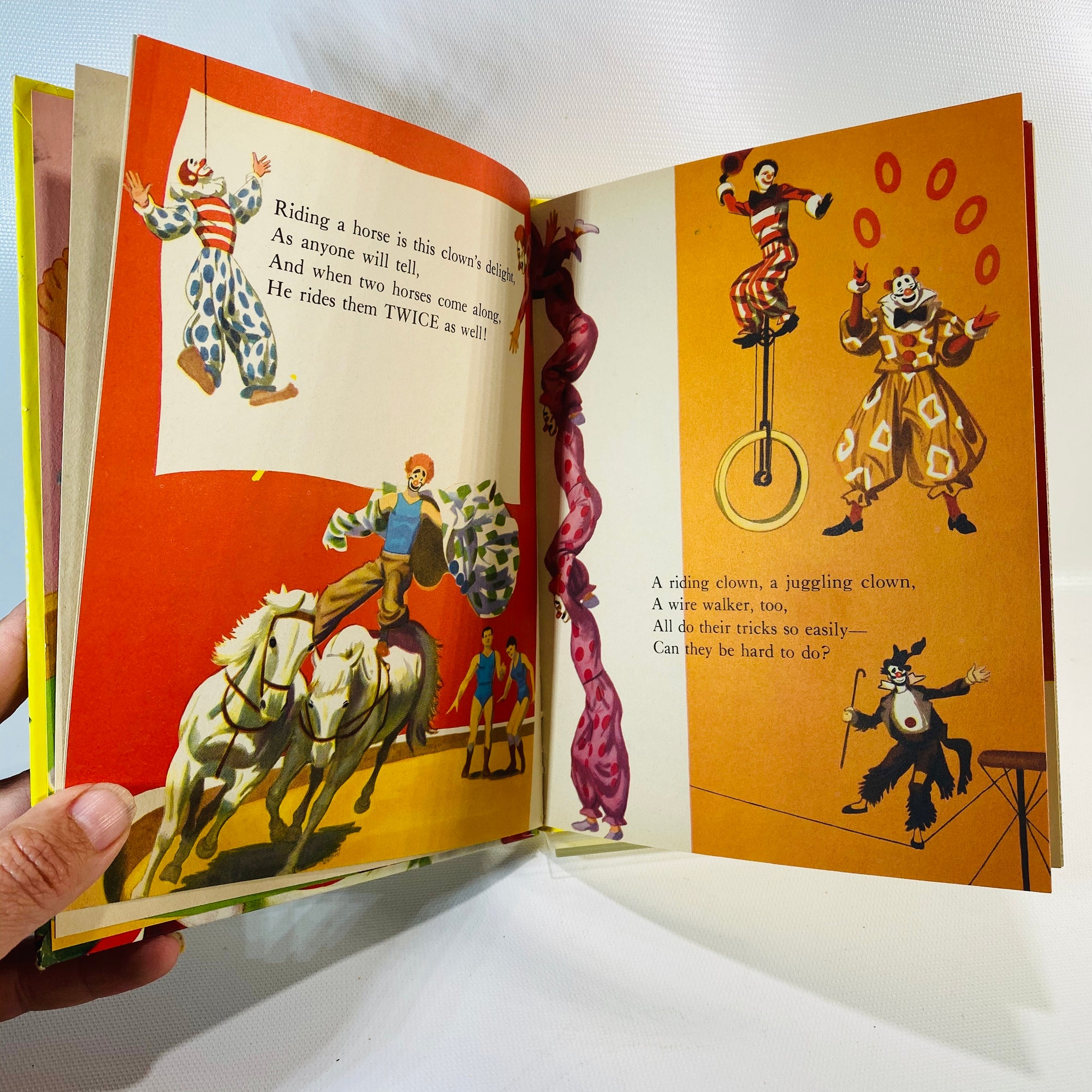 The Wonder Books of Clowns by Oscar Weigle 1955-Reading Vintage