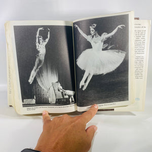 Balanchine's Complete Stories of the Great Ballets by G Balanchine 1977