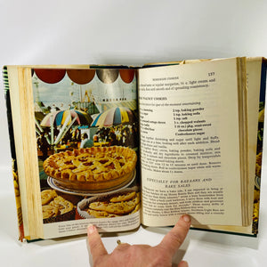 Country Fair Cookbook by the Editors of Farm Journal 1975