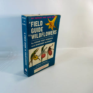 A Field Guide to Wildflowers by Roger Peterson 1968 Reading Vintage
