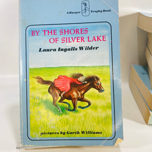 Complete Set Laura Ingalls Wilders Little House Book 1971 Reading Vintage