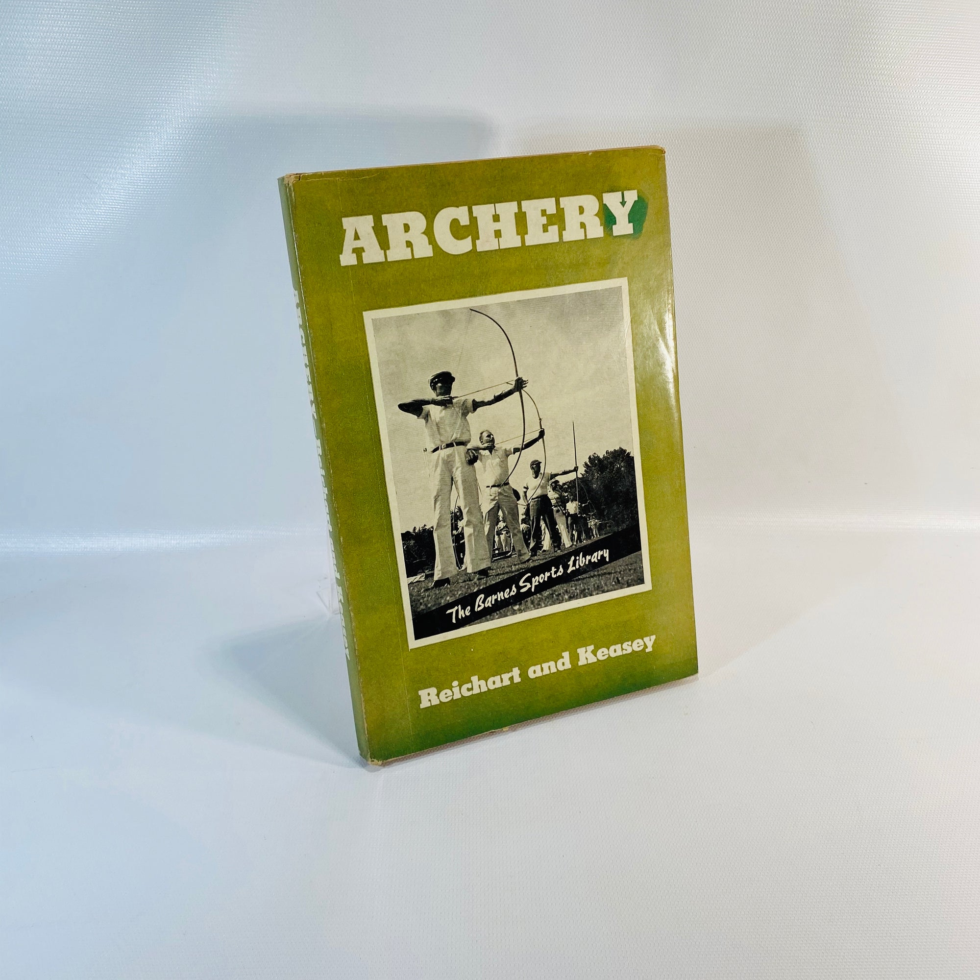Archery by Reichart and Keasey 1940-Reading Vintage