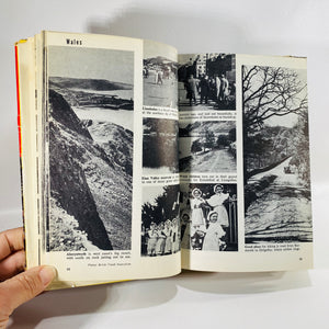 Around the World in 2,000 Pictures by A.Milton Runyon 1959