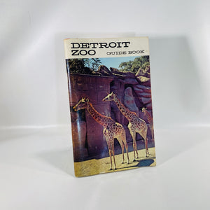 Detroit Zoo Guide Book by the City of Detroit Zoological Park 1962-Reading Vintage