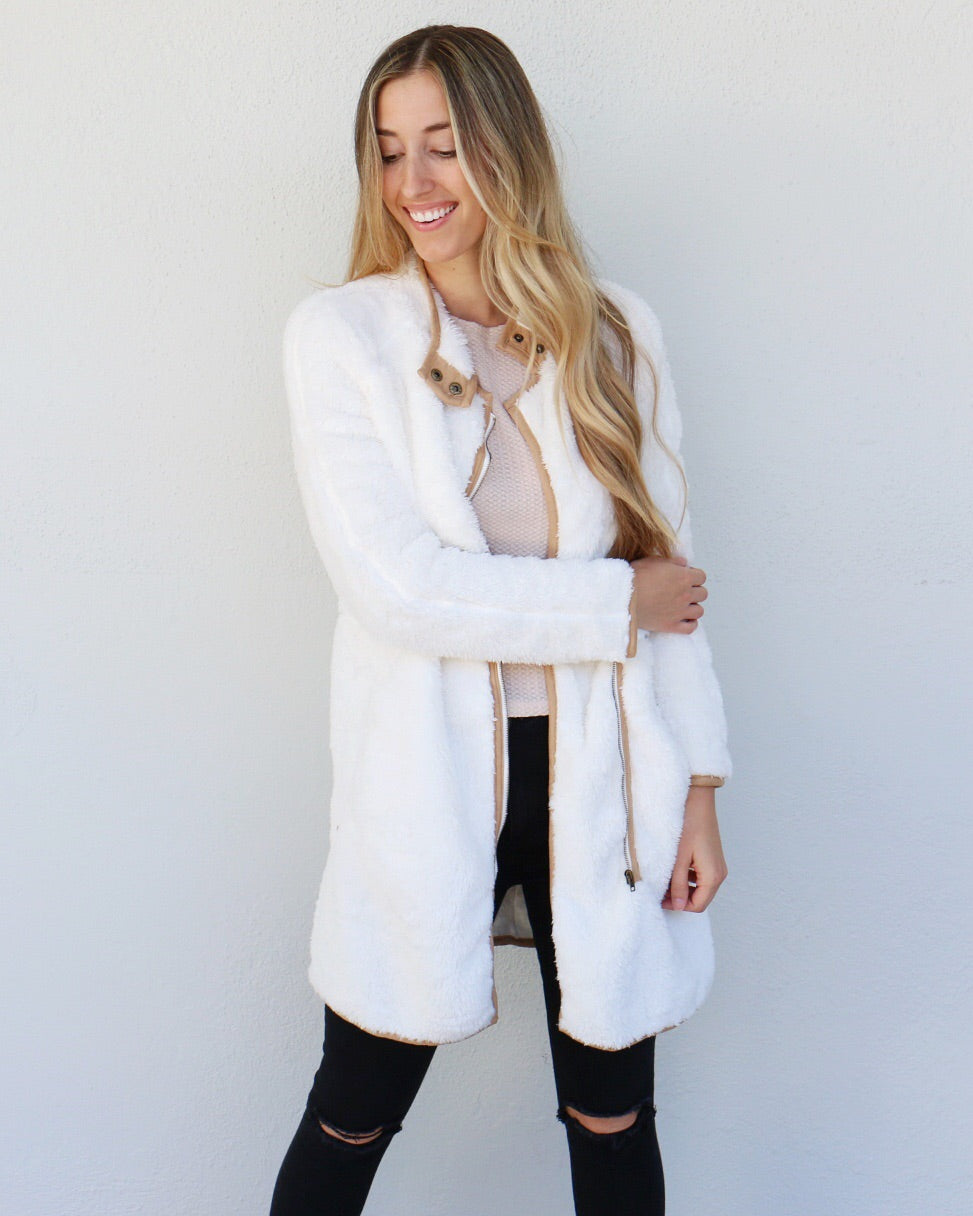 Raquel Jacket in White