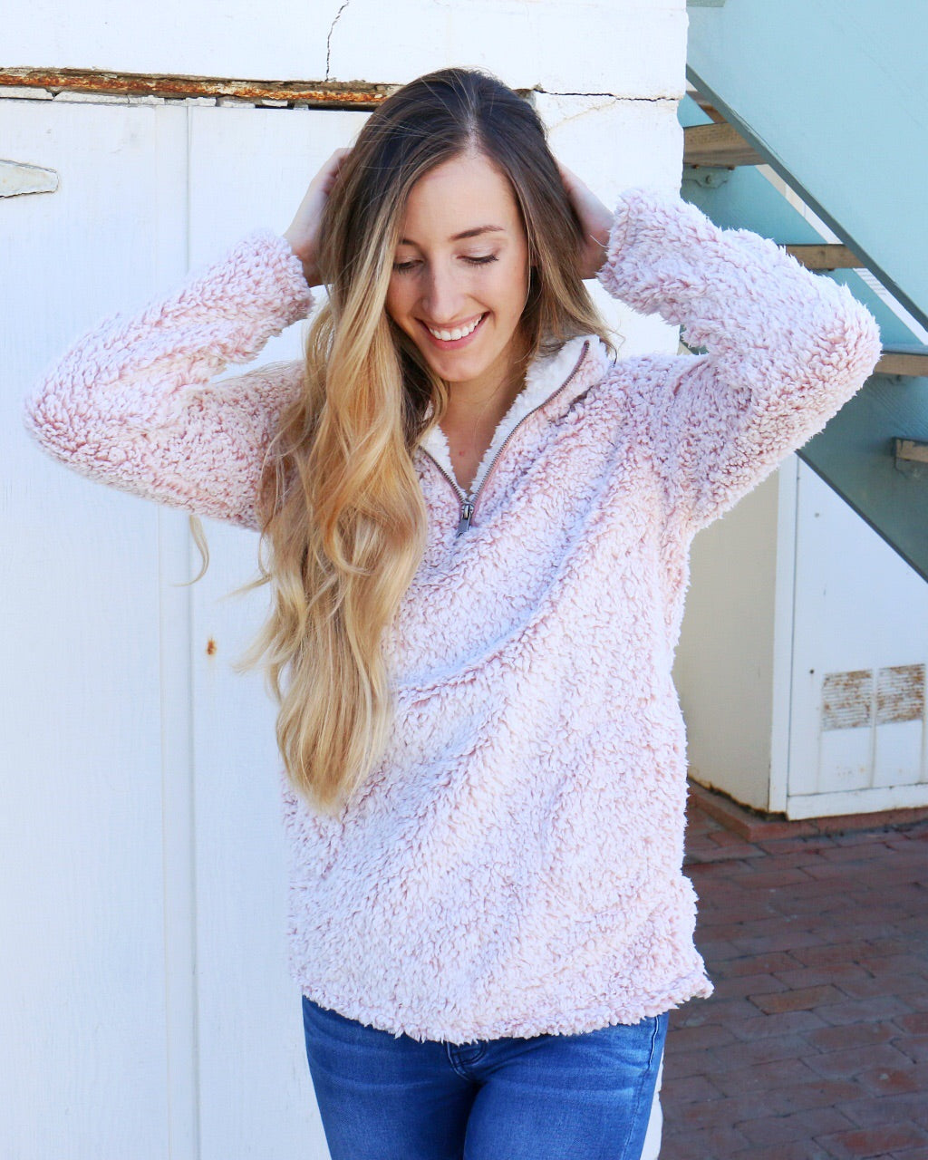 Cody Pullover in Pink