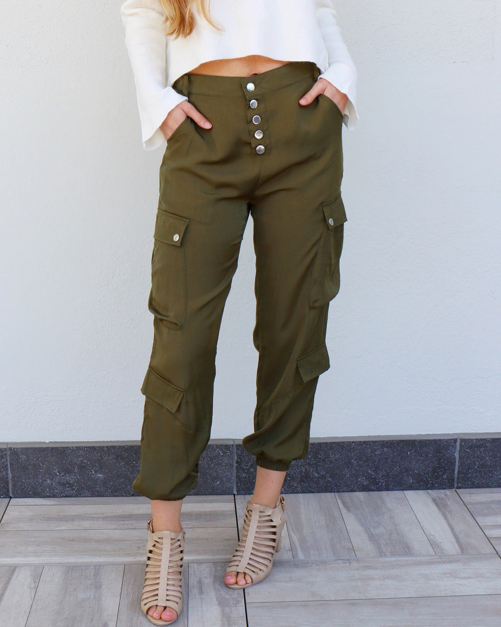 Emma Joggers in Olive
