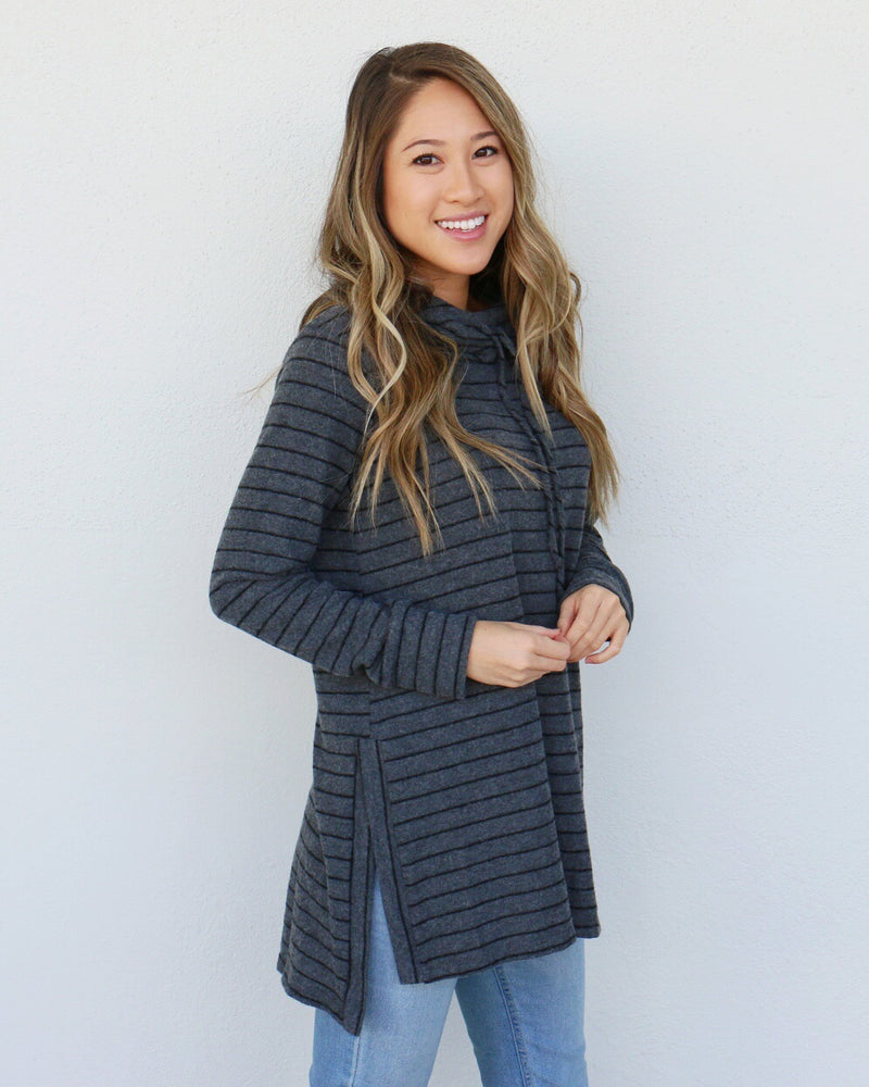 Palmer Top in Charcoal