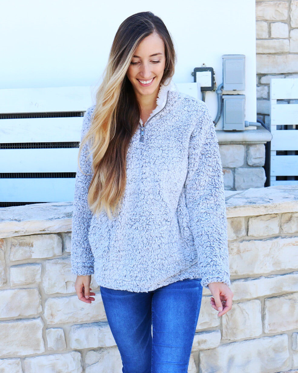 Cody Pullover in Gray