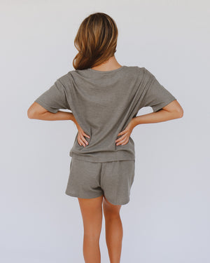 Maylee Shorts in Olive