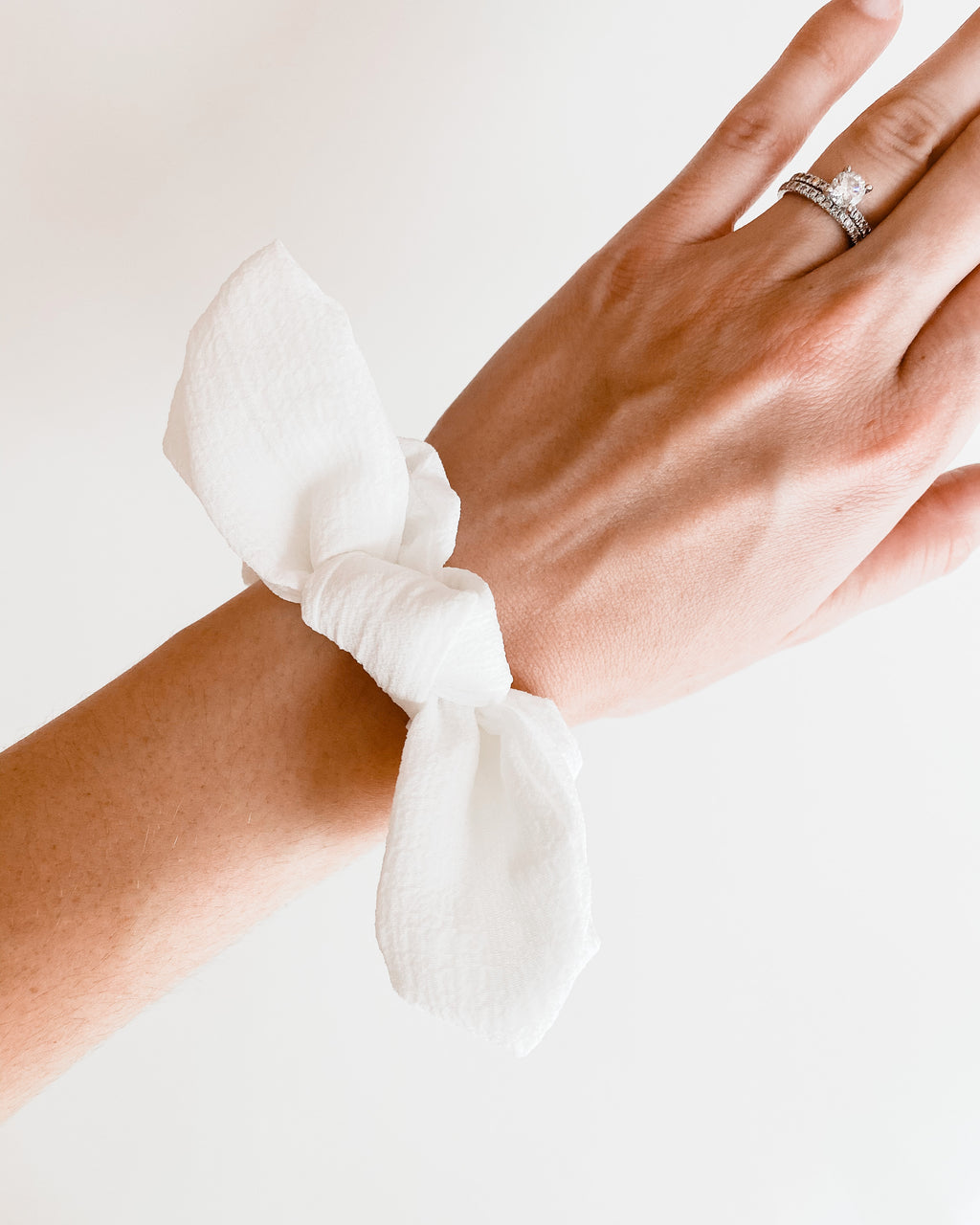Homebody Scrunchie in White