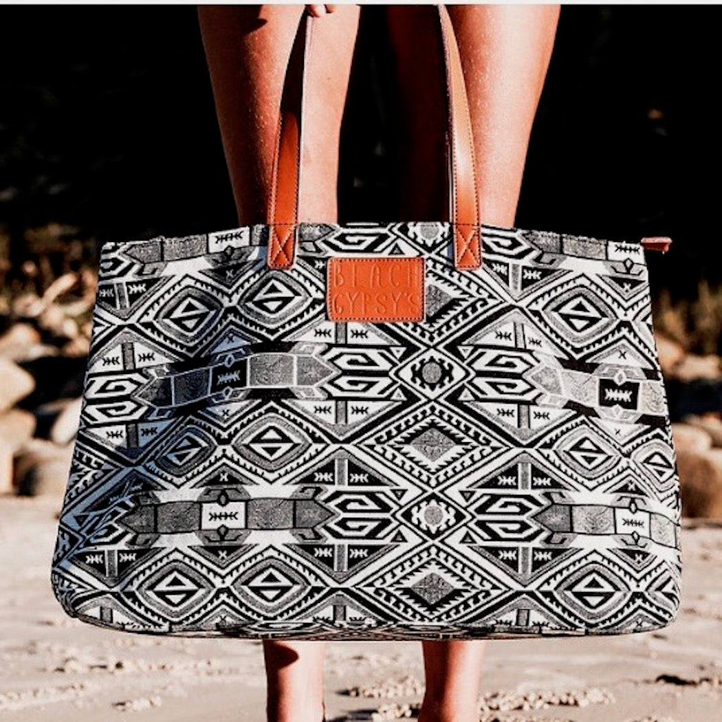 Tribal Tote- Black and White