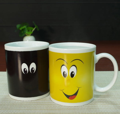 "Image of Colour Changing Coffee Mug ""Smiley"""