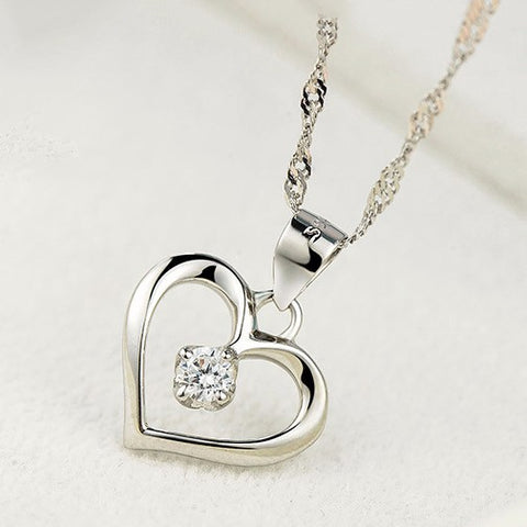 Image of Elegant Hollow Heart Pendant Necklace