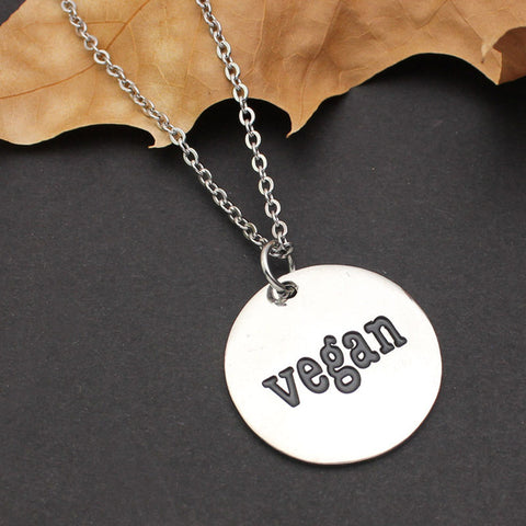 "Image of Lifestyle Necklace With a Pendant ""Go Vegan"""