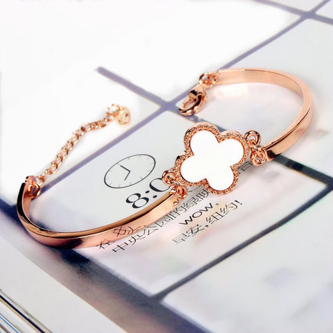 "Image of ""Clover Magic"" Bracelet"