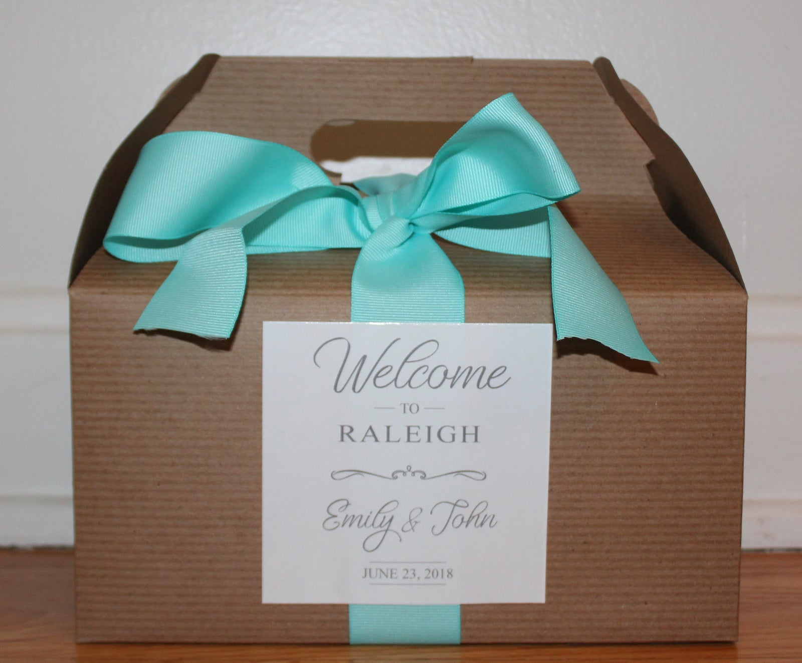 Welcome boxes for hotels for your guests