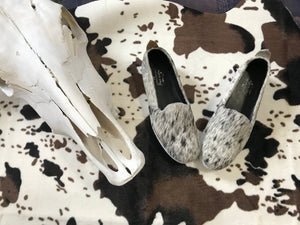 Size 9.5- Salt & Pepper