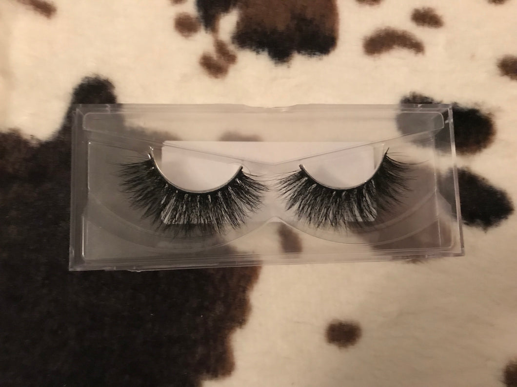 The Dolly lashes