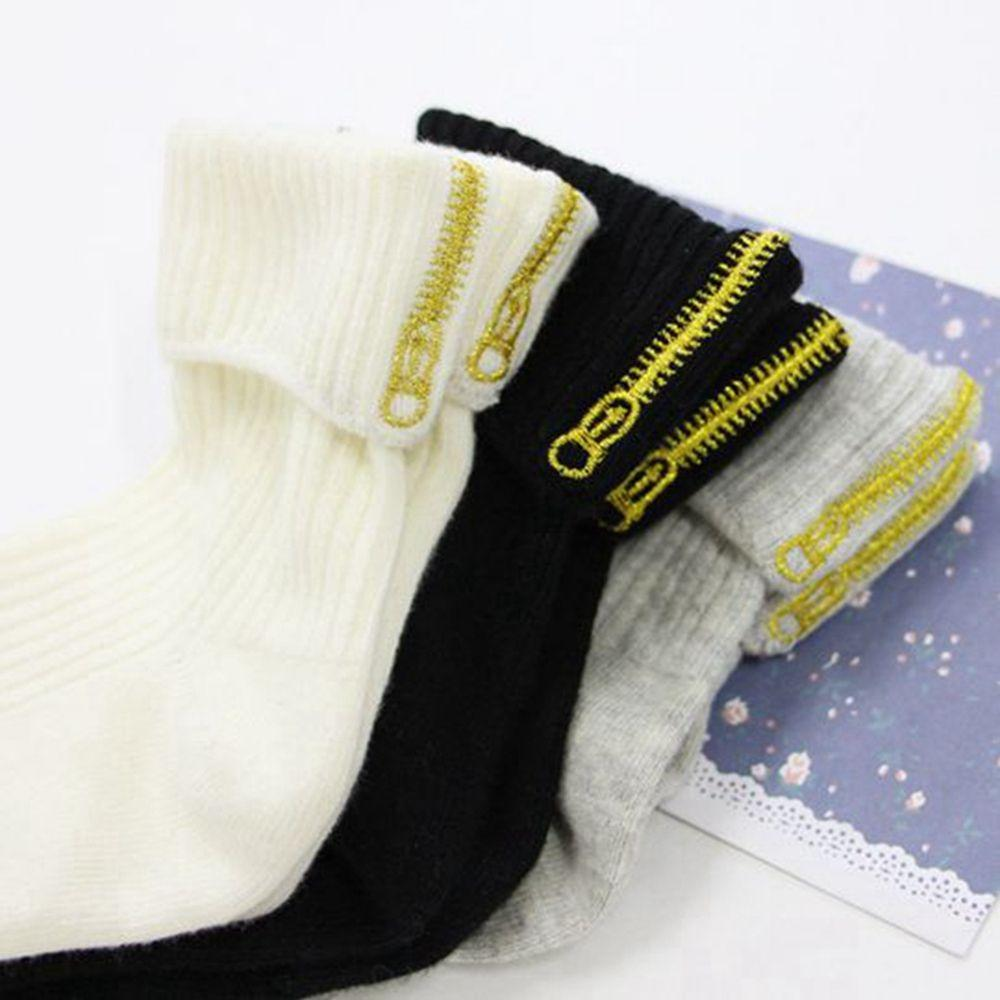 Fashion Casual Women Novelty Cute Embroidery Ankle-High Short Cotton Socks  zipper