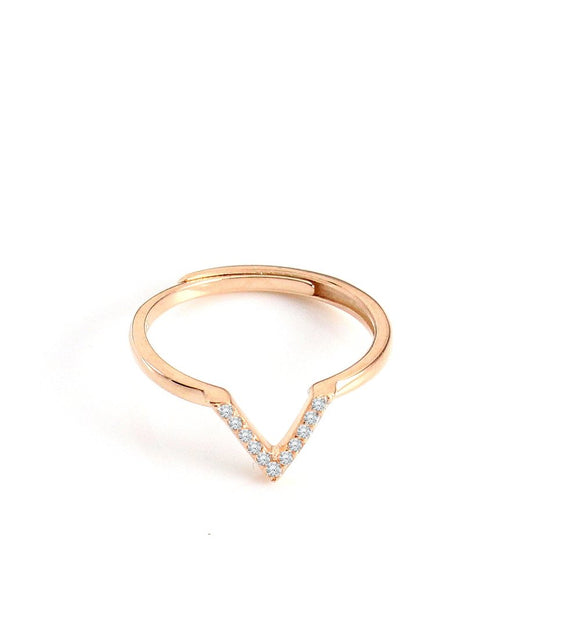 Rose goldplated V ring with crystals - Dige Designs