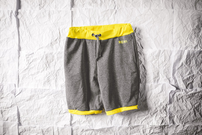 GREY/YELLOW SHORTS