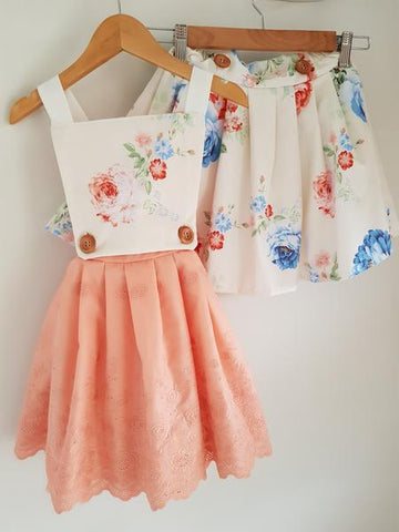 *READY TO SHIP* Amelia pinny set Size 4