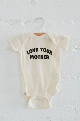 THE BEE AND THE FOX- Love your Mother romper