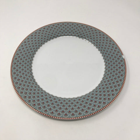 Dinner Plate with Fan Patterned Rim
