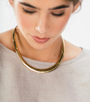 Medium Gold Collar, Round