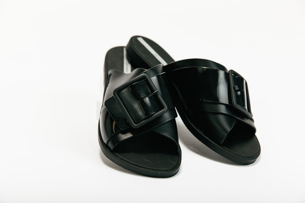 Buckle Slides - Black