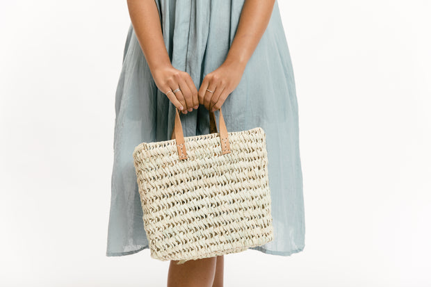 Midi Straw Carry All