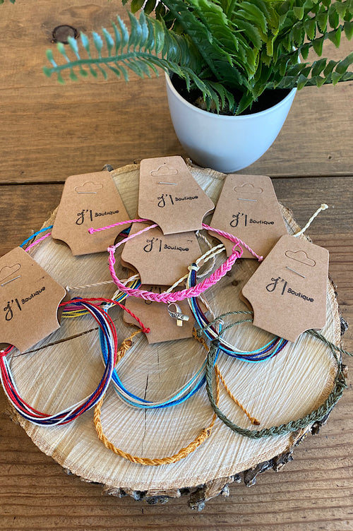 Simple Adjustable Thread Bracelets