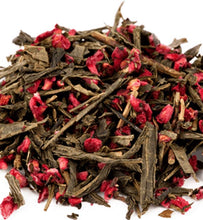 organic raspberry green tea leaves