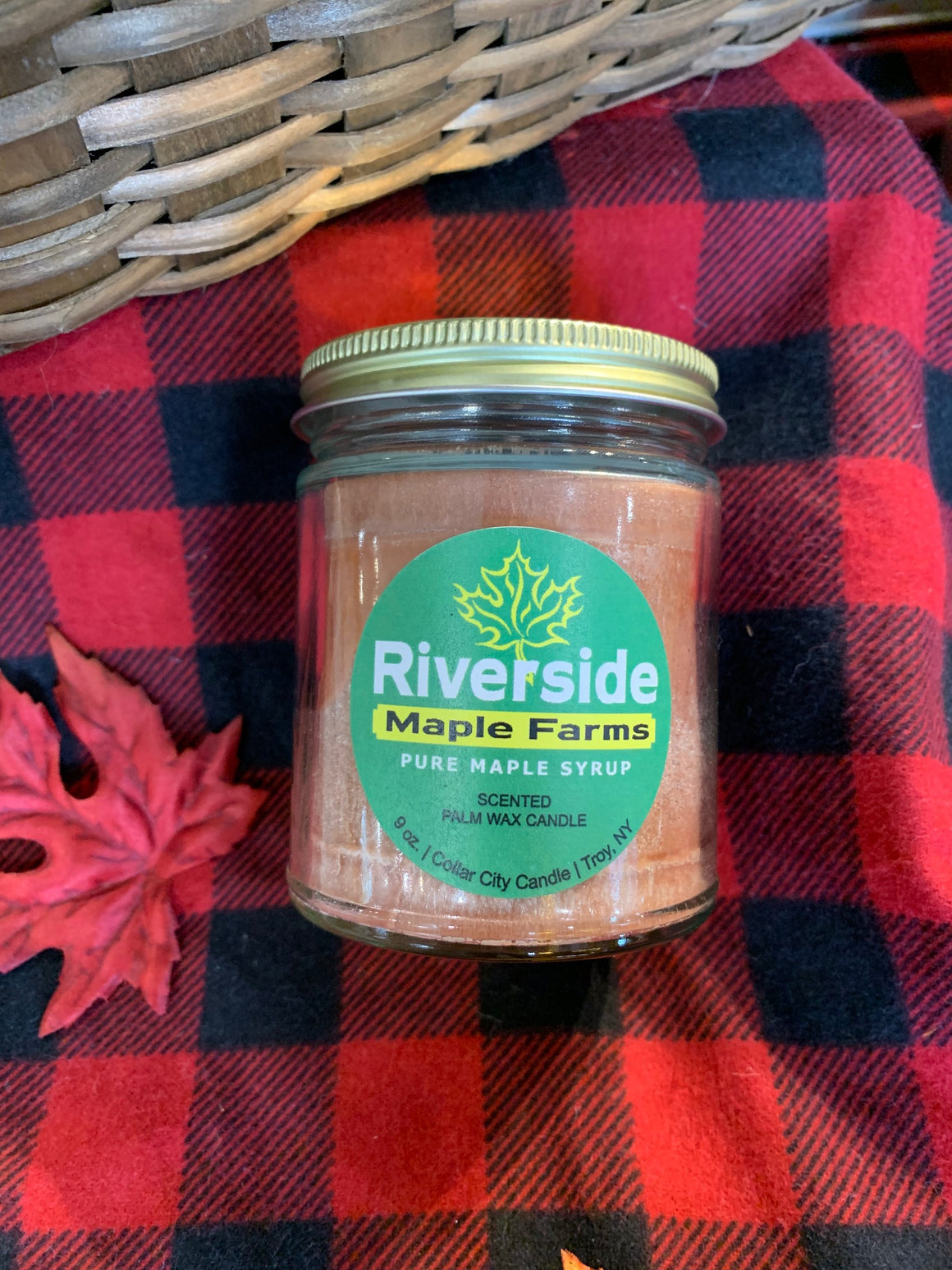 Riverside Maple Candle