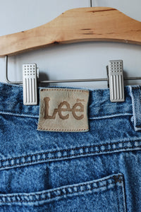 Medium Wash Lee Jeans 32x27