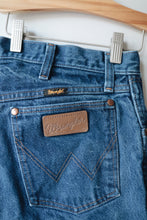 Medium Wash Wrangler Jeans 32x32