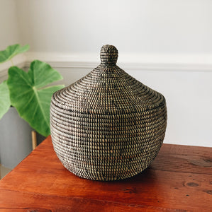 Black Warming Basket