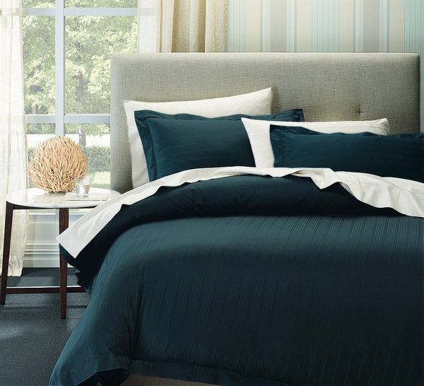Ddecor Home 1000 Thread count Cotton Blend Como Stripes Quilt cover sets Queen Berring Sea